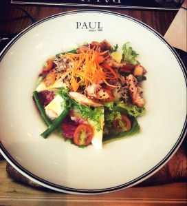 Salade saumon roti at Paul